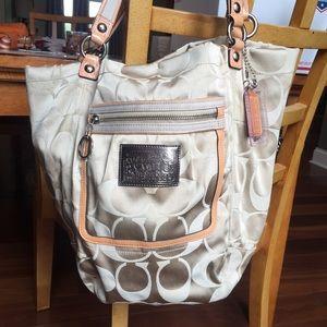 Coach Bags - Coach poppy signature beige Bella shopper tote